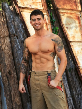 Australian Firefighters Calendar 2020 gifts greeting cards christmas presents birthday mothers day fathers day valentines day xmas 11 (1)