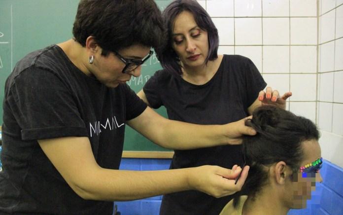 Coordenadoria de Reintegração Social de Guarulhos certifica reeducandos no programa 'Beleza no Cárcere'
