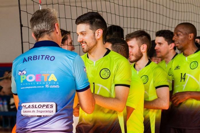 O paulista Vrau ficou entre os finalistas do torneio de vôlei