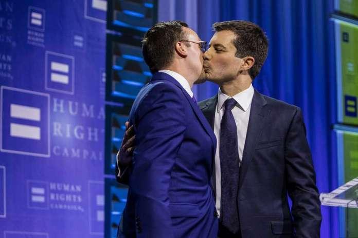 Photo: Joe Buglewicz / Associated Press