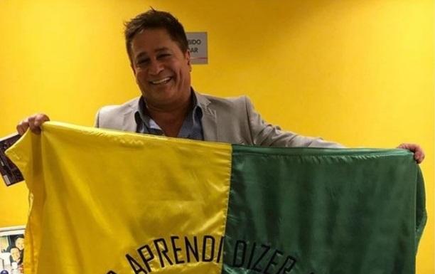 Cantor Leonardo faz chacota com HIV e coronavírus