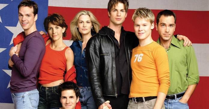 Queer as Folk foi a primeira série da TV norte americana a abordar o universo LGBT e até hoje é uma das mais populares. Foto: Reprodução