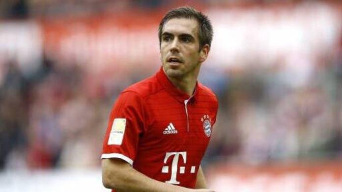 """""""Não saiam do armário!"""" diz Philipp Lahm sobre atletas no futebol"""