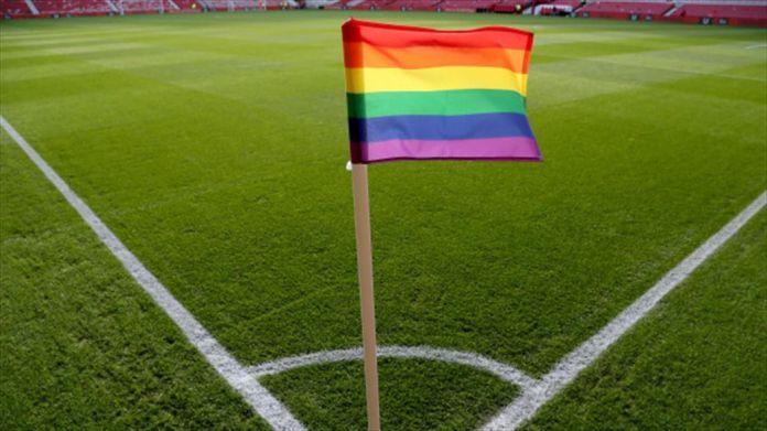 Clubes de futebol do Brasil se manifestam contra a homofobia no Dia Nacional do Orgulho LGBT+