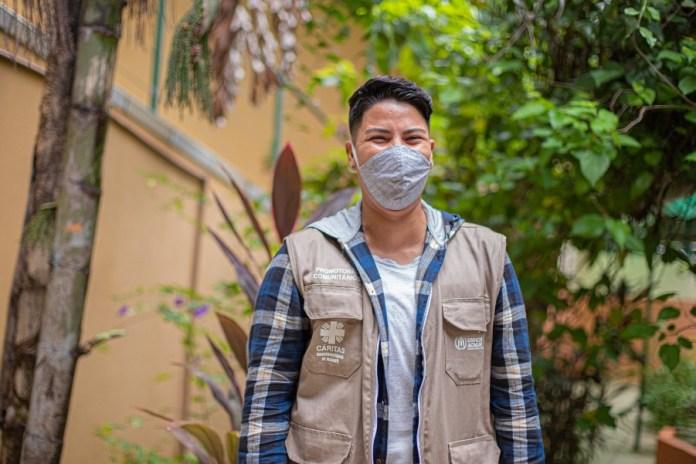 ACNUR/Felipe Irnaldo Fabio Oliveros, 28, atua como Promotor Comunitário apoiando a população refugiada com informações corretas