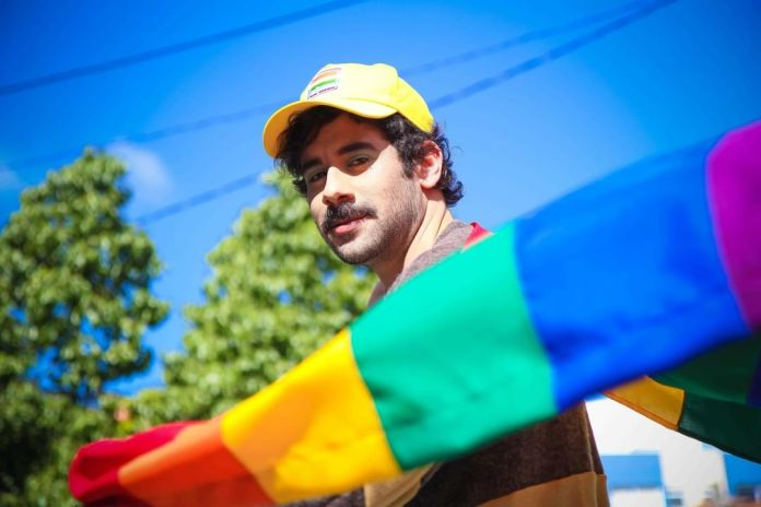 Em parceria com Lomotif, Casa Afirme lança kit LGBT+ para arrecadar fundos