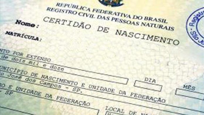 """Cartórios brasileiros poderão registrar crianças com sexo """"ignorado"""" na certidão de nascimento"""