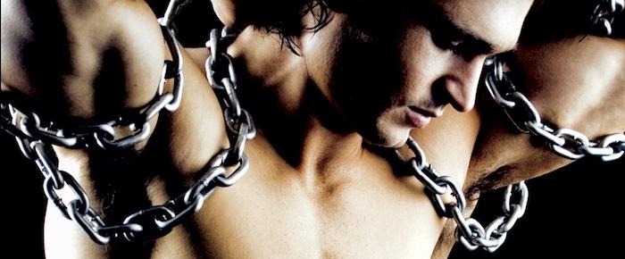 chains bar club lisbon