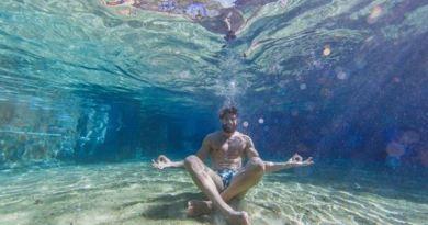 São três parques disponíveis:Hot Park, com a maior praia de águas quentes do Brasil; o Parque das Fontes, que concentra oito piscinas de águas quentes correntes e naturais renovadas a cada 20 minutos e o Eko Aventura Park rio quente