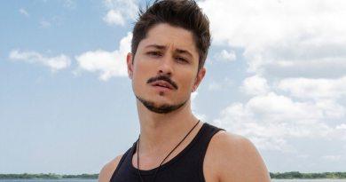 """Rafa Vieira, participante gay do reality """"De Férias com o Ex"""", faz show nesta segunda-feira"""