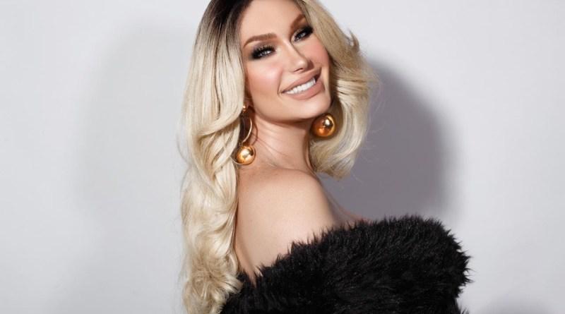 Michelly X participa de live em comemoração aos seus 20 anos como Miss Brasil Gay