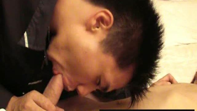 [jetwang.com] Uncut Cock and Tight Ass