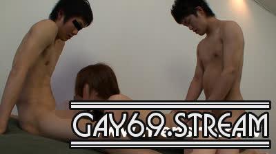 【MR-NK055】若チン体育学生が友達同士で初3Pに挑戦♪