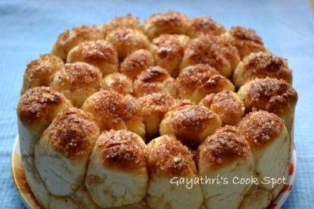 Eggless Cinnamom Pull Apart Bread 020a