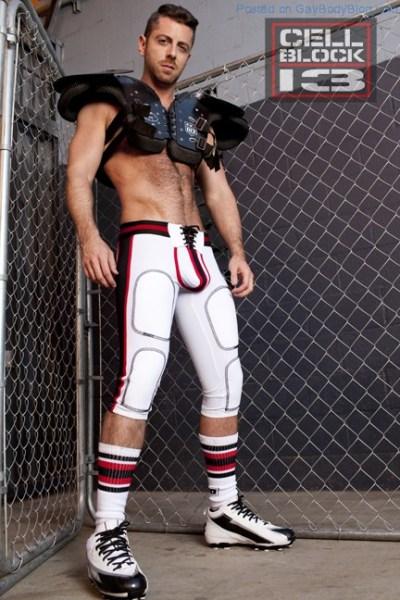 Hot Naked Hunk Brayden Forrester For CellBlock 13 (1)