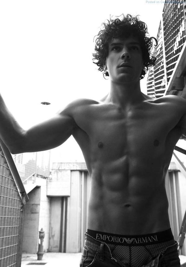 Italian Model Matteo Cupelli shirtless
