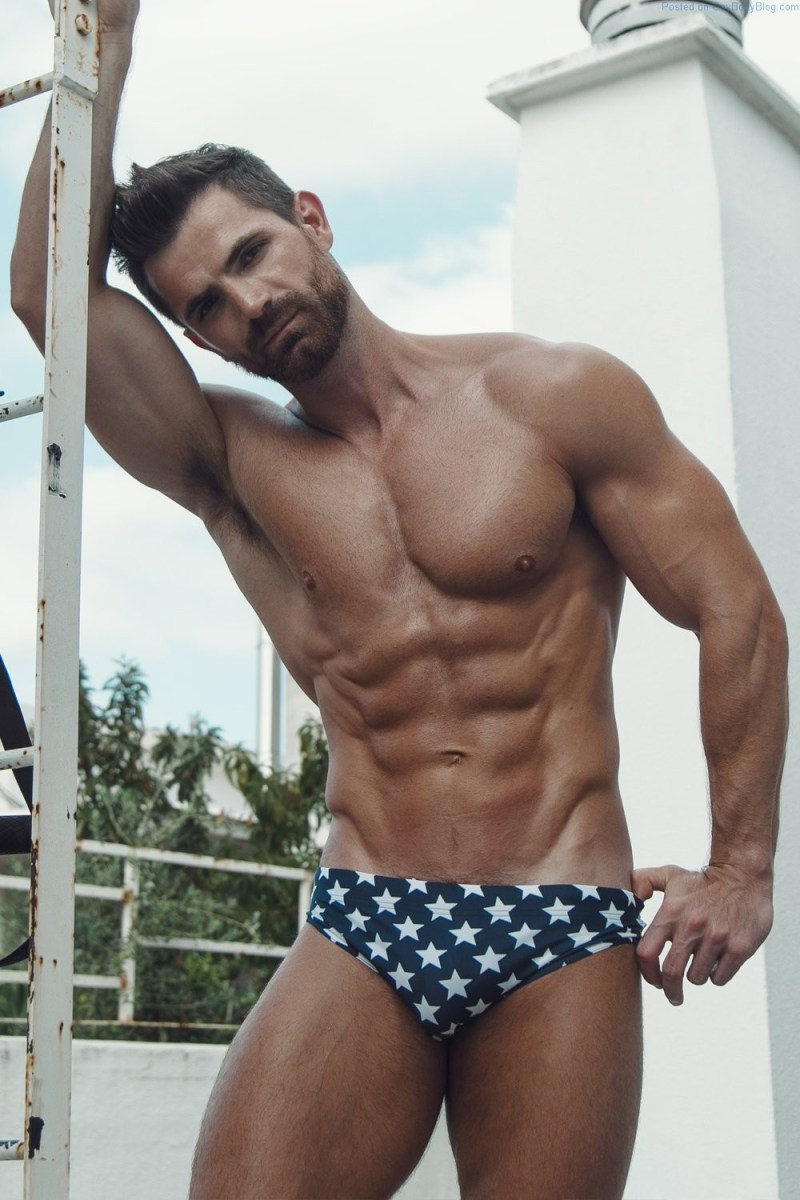 Fitness Model And Personal Trainer Claudio Fernandes Is Insanely Hot