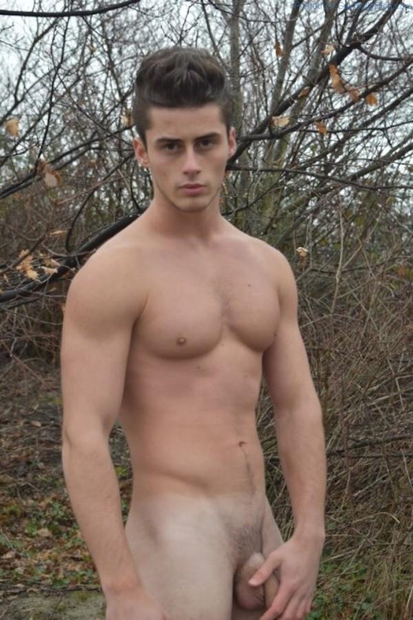 Can find Aussie men naked below the belt