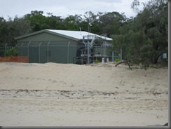 sand pumping building Noosa Main Beach (11)