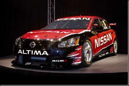 Nissan V8 supercar (1)