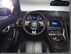 Jaguar F-TYPE_STUDIO_V8_10 (8)