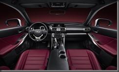 Lexus IS 300h (3)