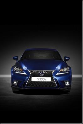 Lexus IS 300h (7)