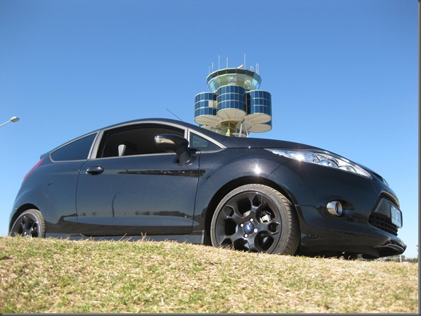 2013 Ford Fiesta Metal (16)