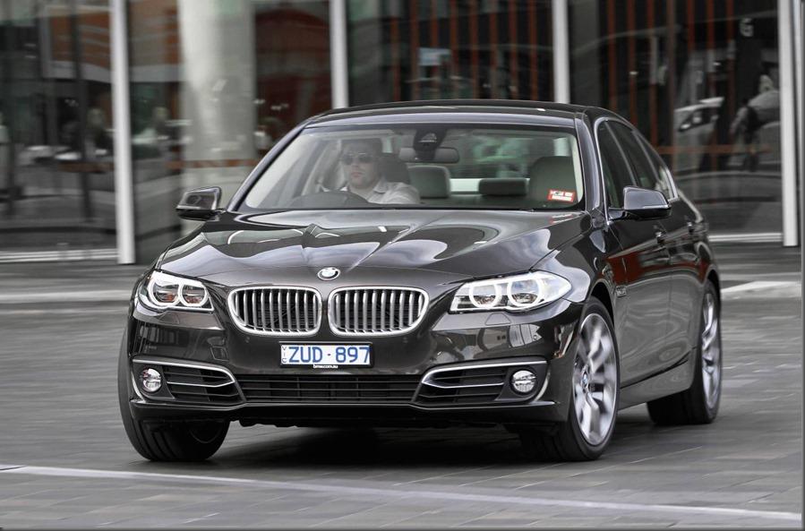 BMW 5 Series 520i Sedan (2)