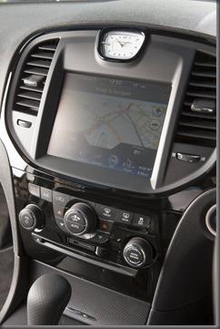 Chrysler 300 SRT 8 (3)