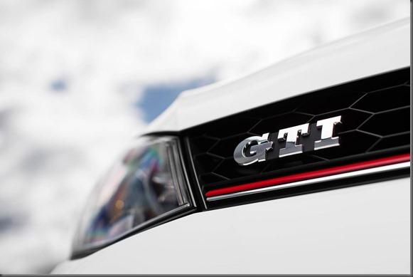 Golf MK VIII GTi med res (1)