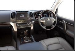 2007 Toyota LandCruiser 200 Sahara interior
