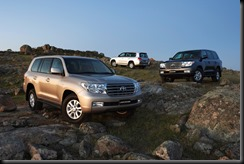 2007 Toyota LandCruiser 200 Sahara (front), VX (middle) and GXL (rear)