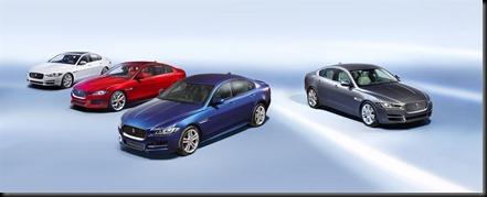 Jaguar XE sport - mid-sized premium sports sedan gaycarboys  (19)