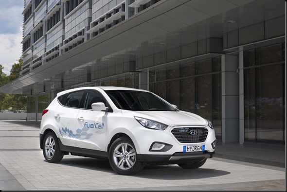 Hydrogen-powered Hyundai ix35 Fuel Cell arrives in Australia gaycarboys (2)