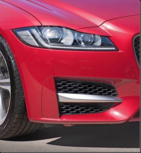 Jaguar_XF_2016_R-Sport 25t_ Italian_Racing_Red (8)