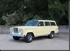 restored-right-hand-drive-1965-Jeep-Wagoneer-sold-with-no-reserve-for-$30,500-Shannons
