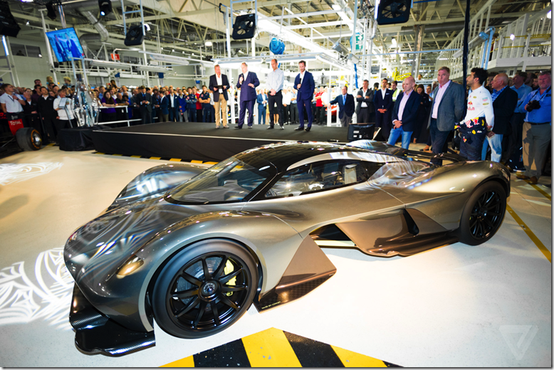 Aston- Martin-Valkyrie-AM-RB 001