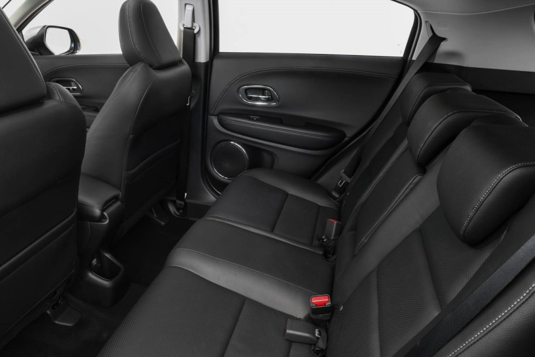 Honda-VTI-LX-Small-SUV (5).jpg