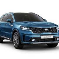 First View of All New Kia Sorento