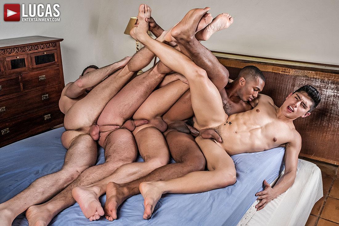 Gay men double penetration