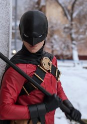 Red Robin Cosplay 4