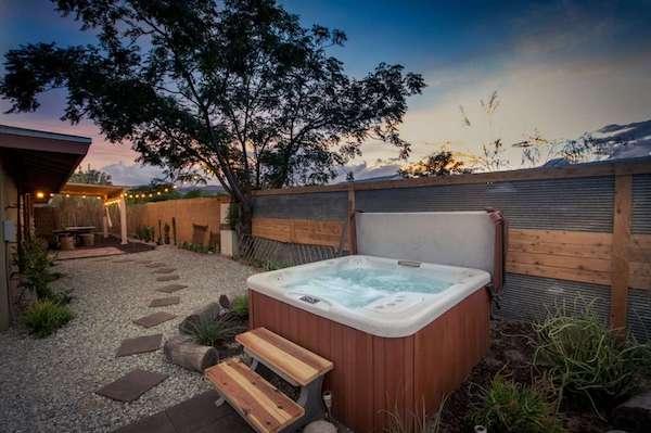 Best Airbnbs Outside LA