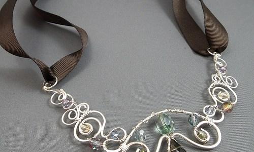 Art Nouveau Hammered Necklace