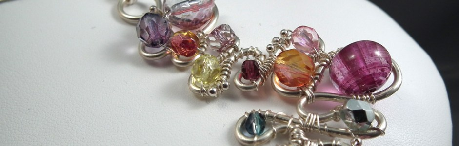 Exclusive Jewelry-Making How-To: Make a Baroque Wire Pendant