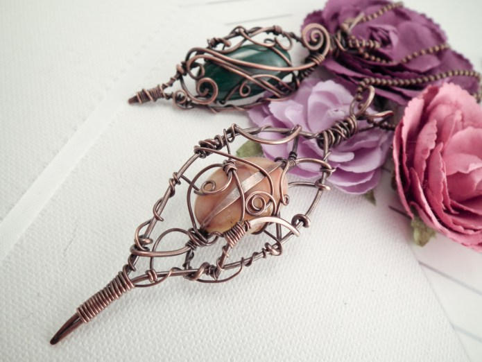 How to Antique Jewelry in 4 Easy Steps