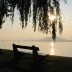 bench-sea
