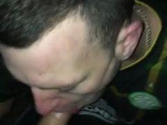 Sexo caseiro gringo-mamando no cacete e dando gostoso