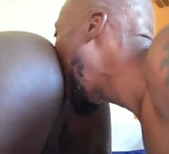 Negros gays pauzudos fazendo uma bela trepada gostosa