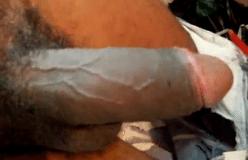 Pedreiro pauzudo gostoso mostrando o pau cabeludo